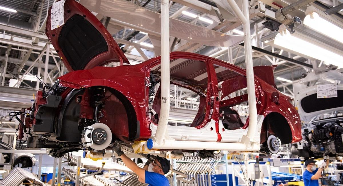 Встать на конвейере промышленный конвейер для поточного производства автомобилей