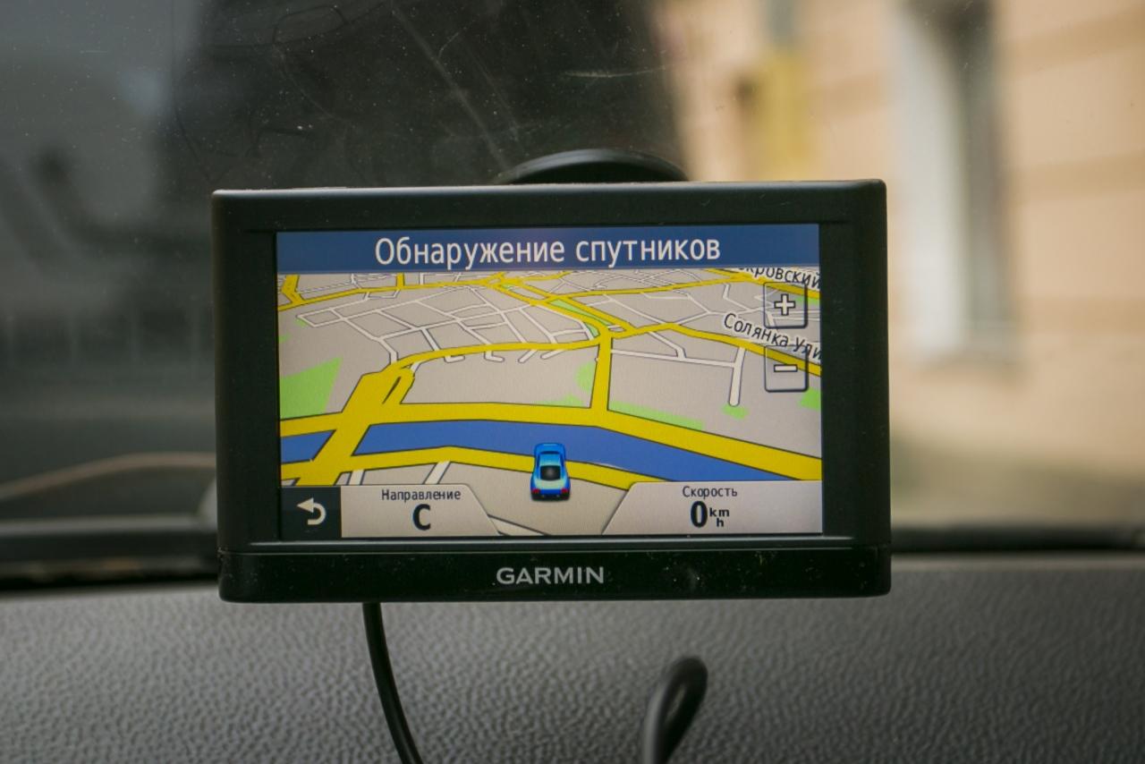 Как правильно установить навигатор в машине