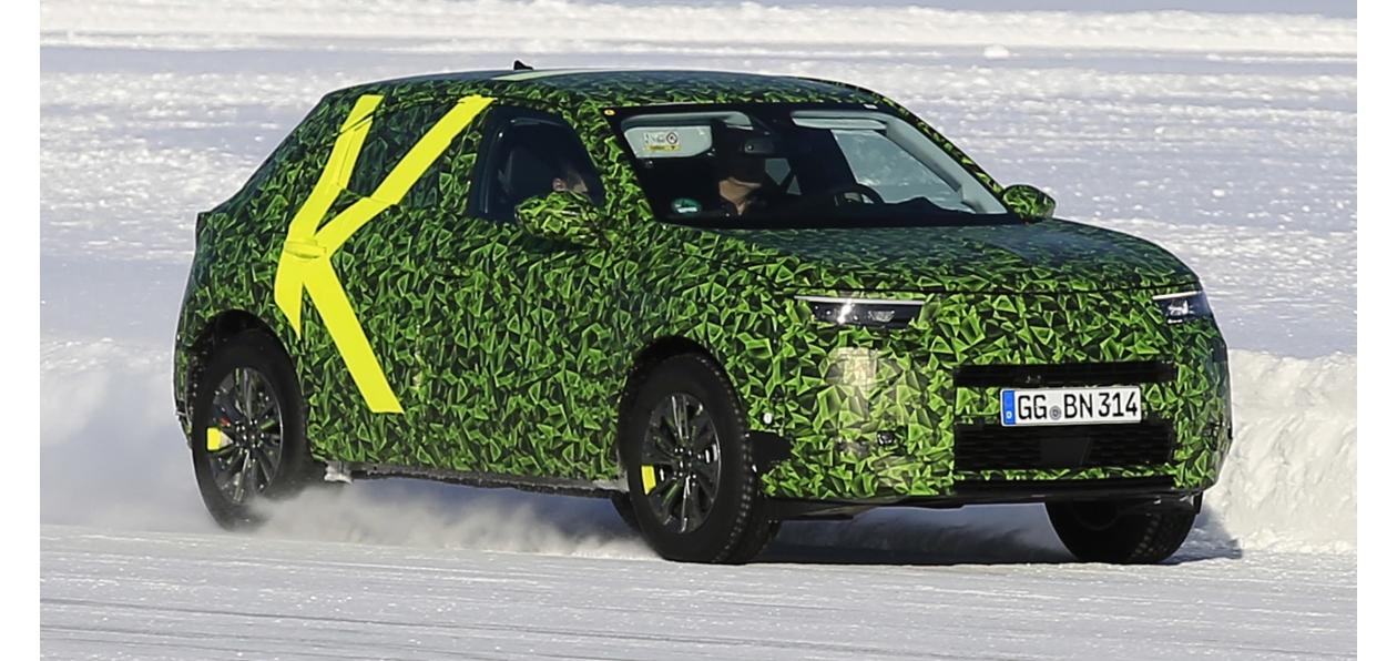 Фотошпионы поймали новый Opel Mokka X