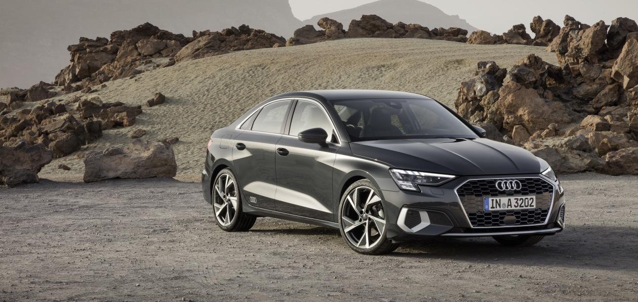 Audi представила новый седан A3