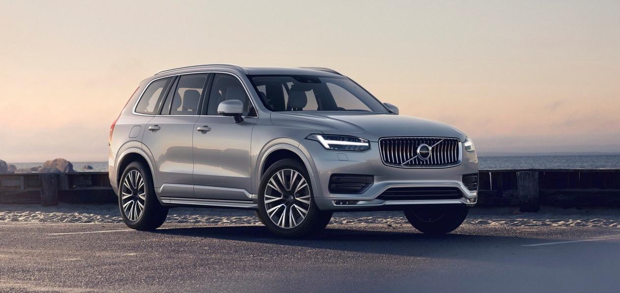 Volvo расширила базовую комплектацию XC90