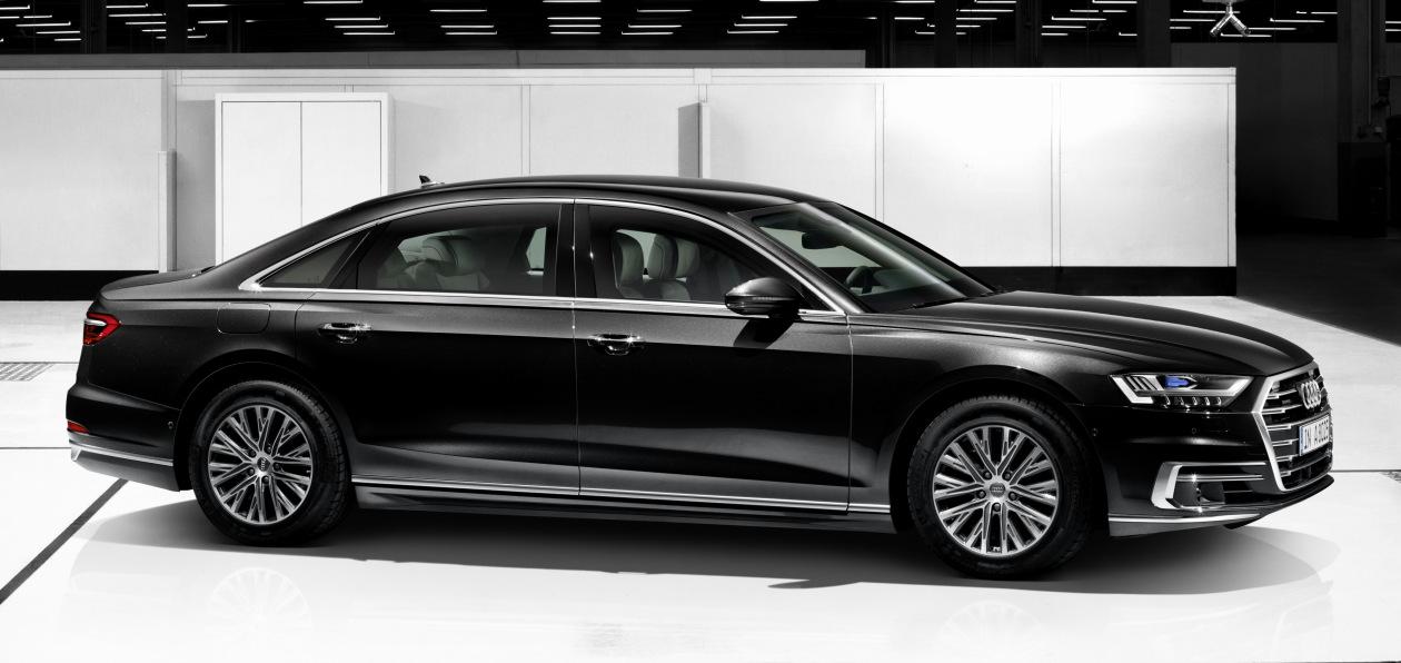 Audi показала бронированный A8