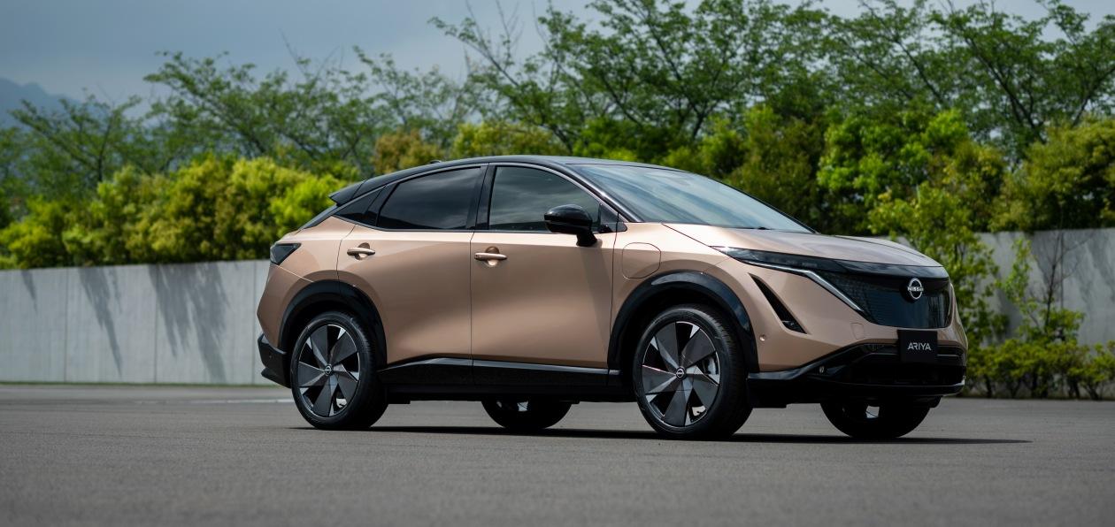 Nissan представил свой первый серийный электрокроссовер