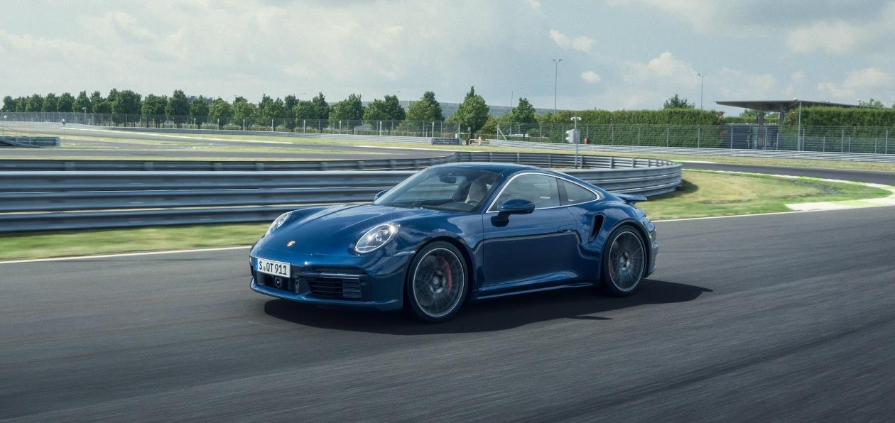 Porsche представил новый 911 Turbo
