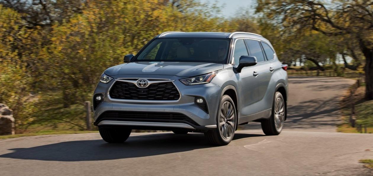 Новый Toyota Highlander получил российский ценник
