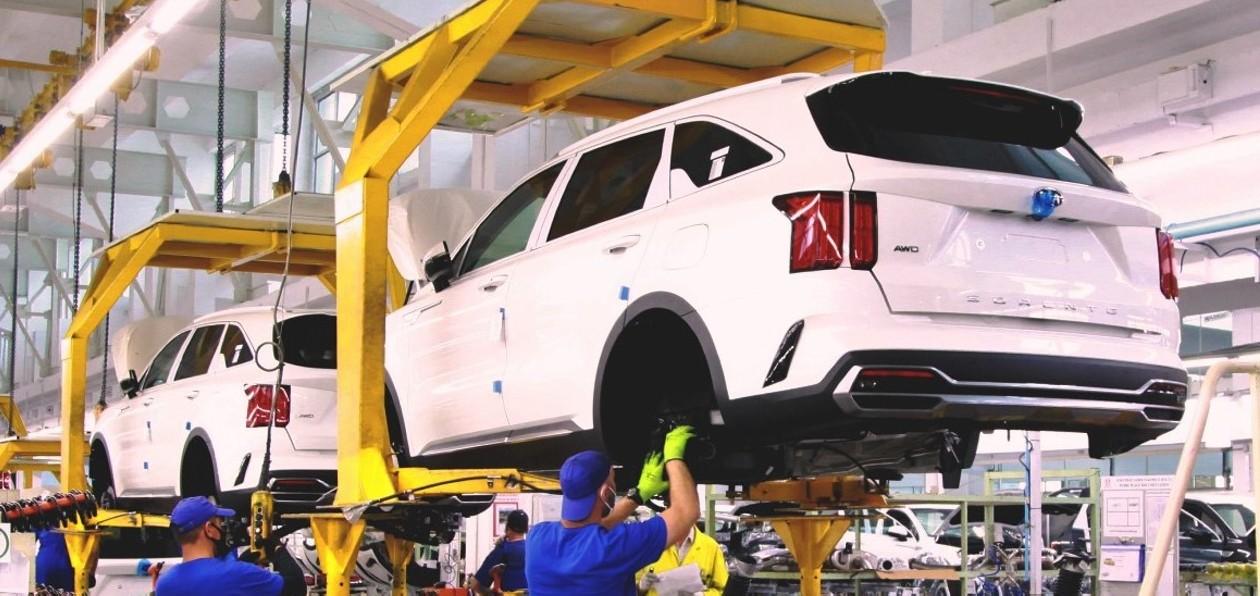 Kia приступила к сборке нового Sorento в России