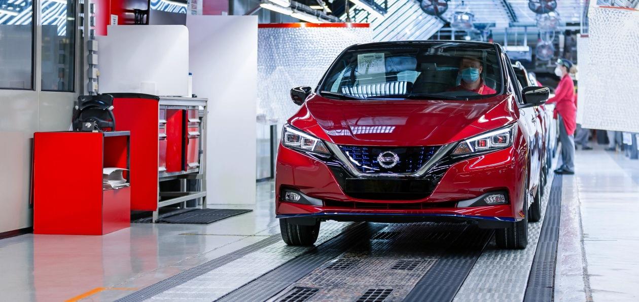 Nissan выпустил полумиллионный Leaf
