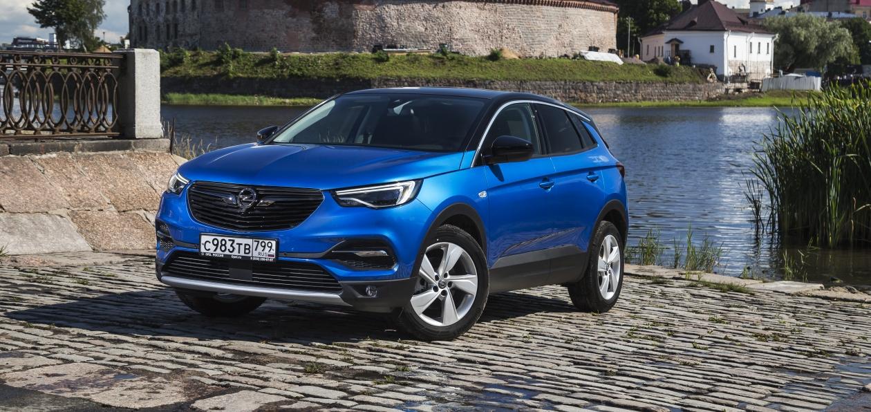 Тест-драйв Opel Grandland X: твердый хорошист