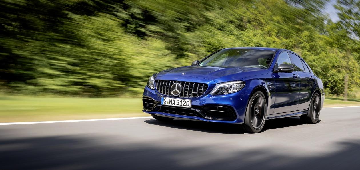 Новый Mercedes-AMG C63 станет двухлитровым «гибридом»
