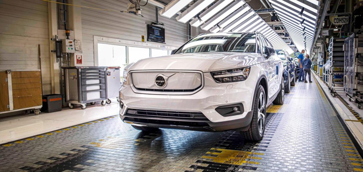 BMW и Volvo запустили производство новых электрокроссоверов