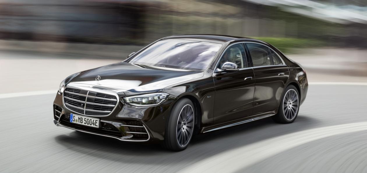 Mercedes-Benz озвучил рублевый ценник нового S-class