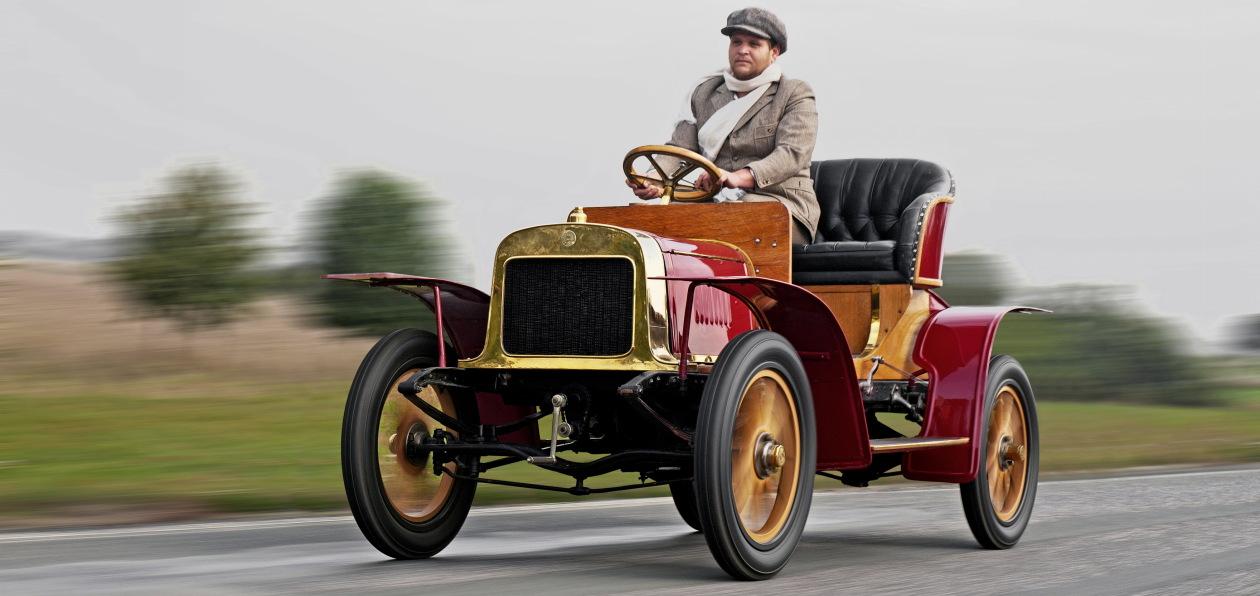 Skoda отмечает 115-летие выпуска своего первого автомобиля