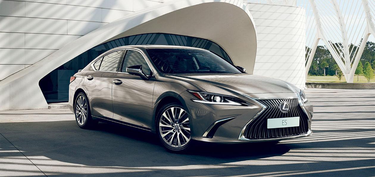 Lexus запустил российские продажи первого «подключенного» автомобиля