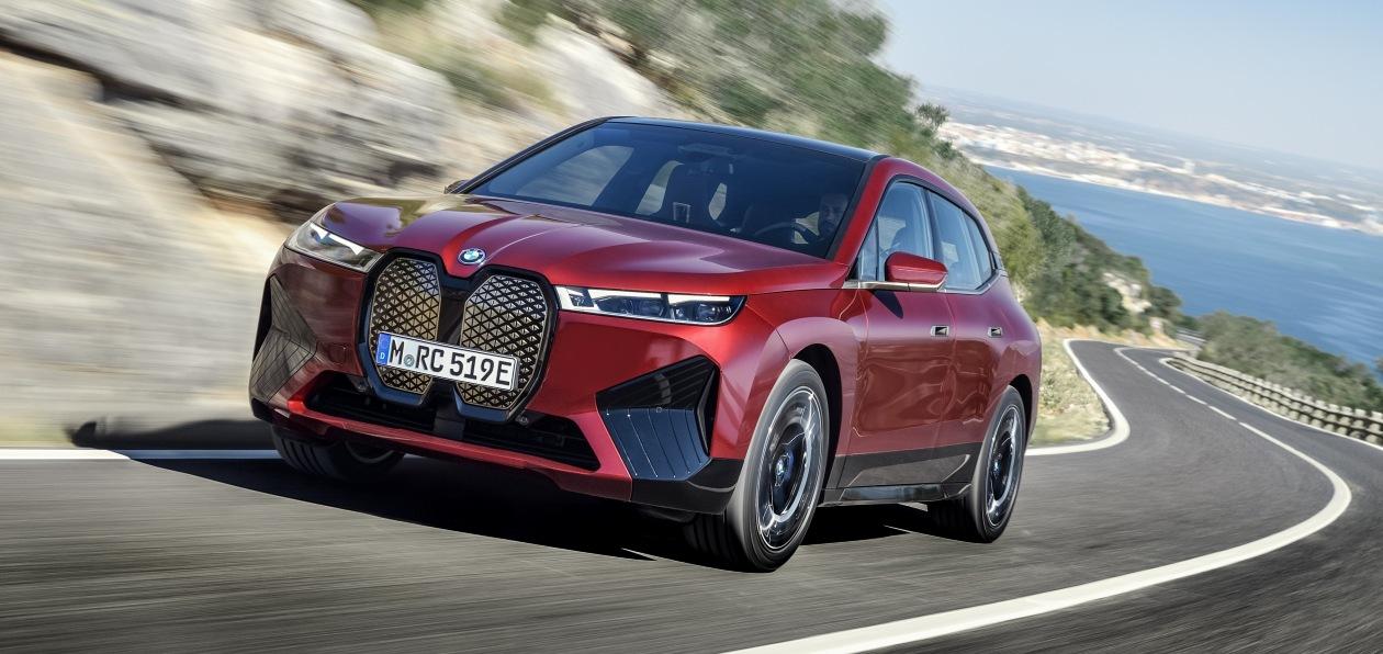 Новый BMW iX «доедет» до России в 2022 году
