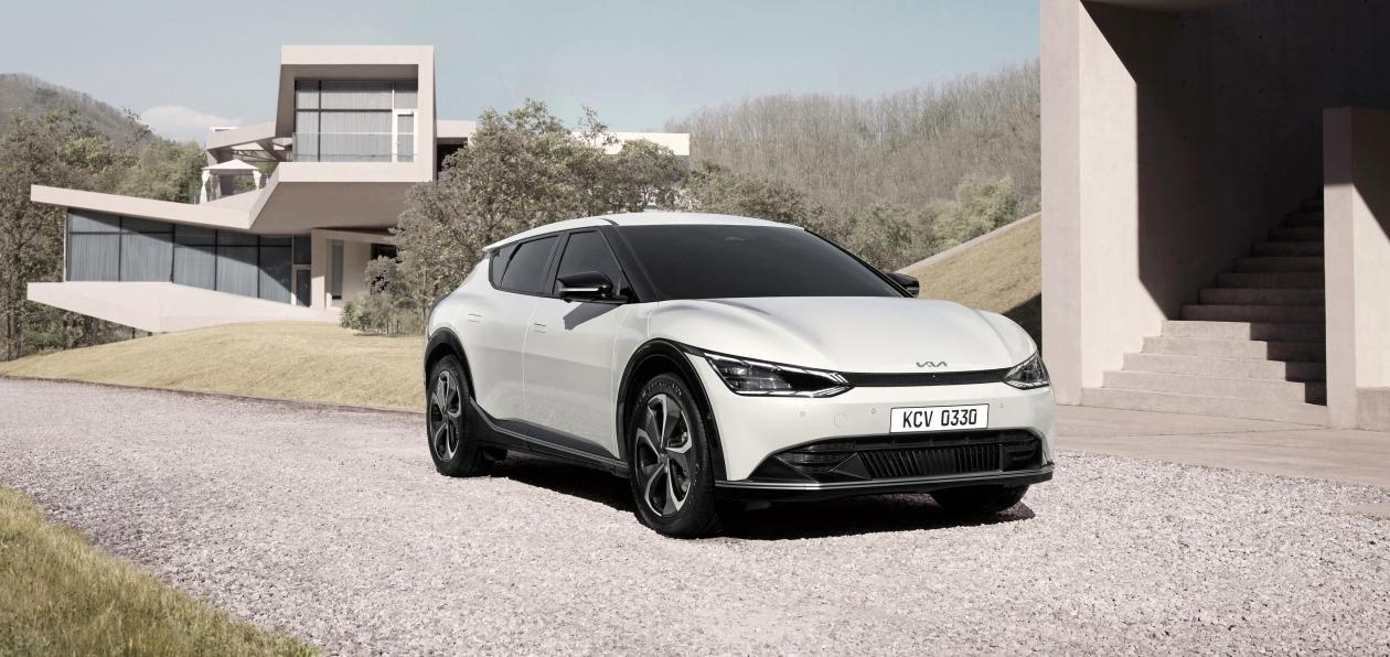Kia «рассекретила» новый EV6