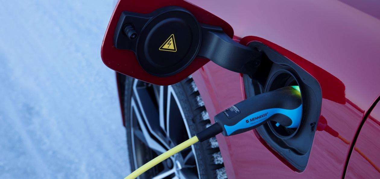 Volvo объявила о предстоящей полной электрификации бренда