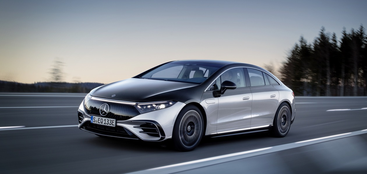 Mercedes представил новый EQS