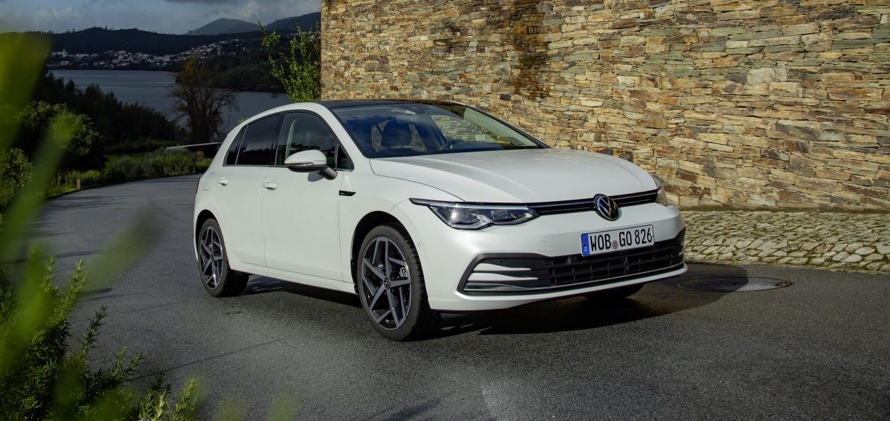 Новый Volkswagen Golf получил российский ценник