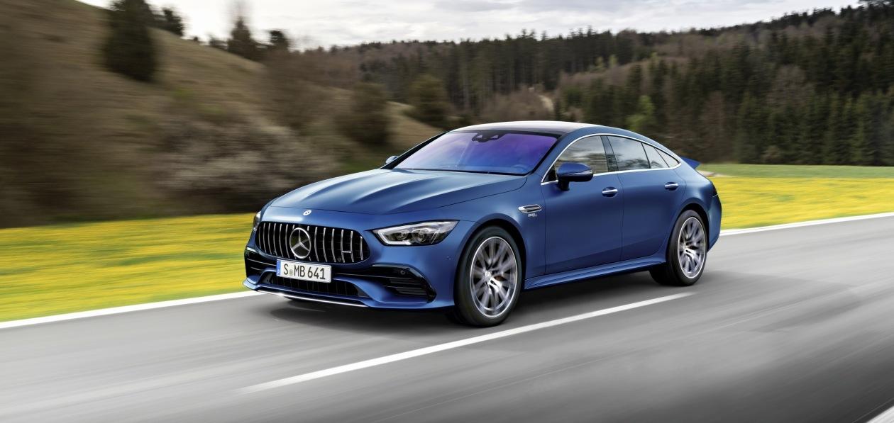 Mercedes обновил «четырехдверное купе» AMG GT