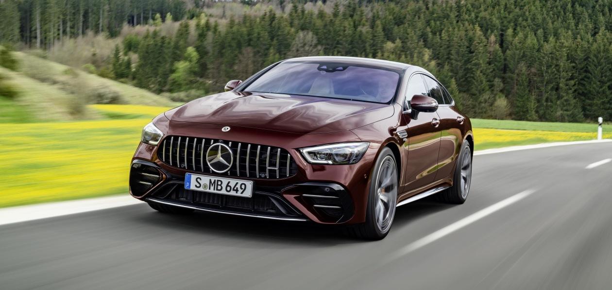 Mercedes «оценил» в евро обновленную «четырехдверку» AMG GT