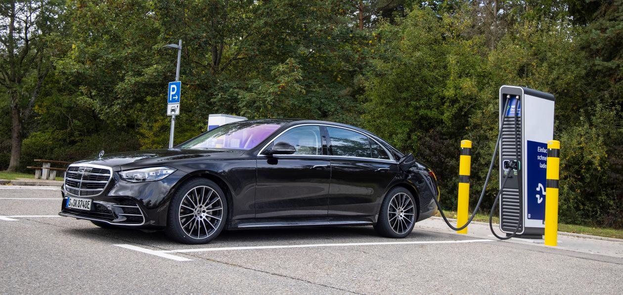 Гибридный Mercedes S-Class начнет продаваться в Европе