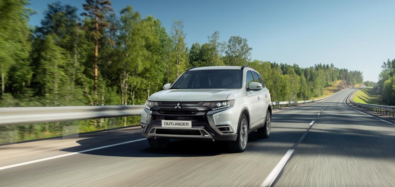 В России стартовали продажи обновленного Mitsubishi Outlander