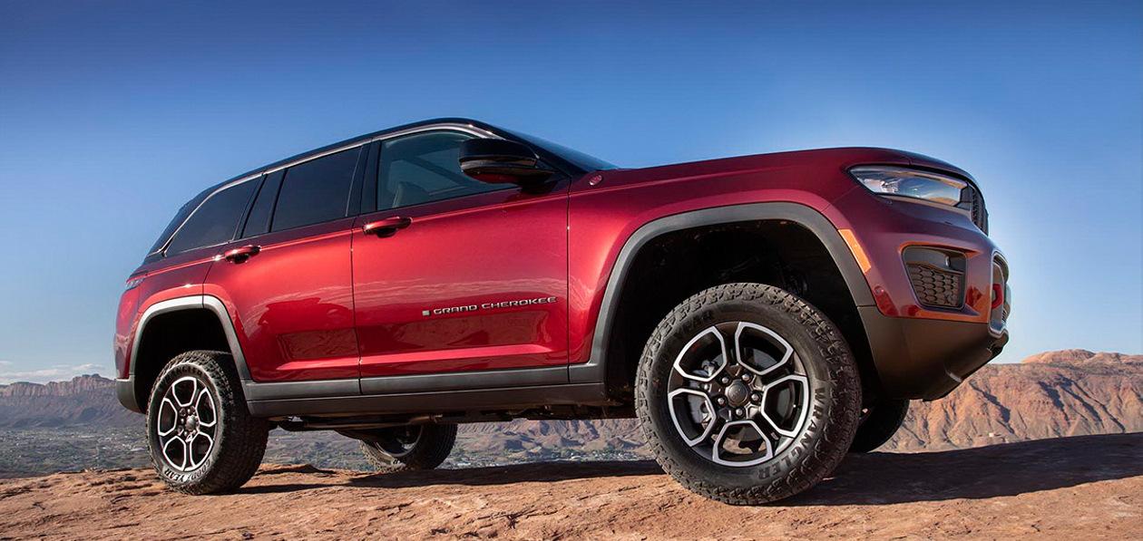 Jeep представил Grand Cherokee 2022 модельного года
