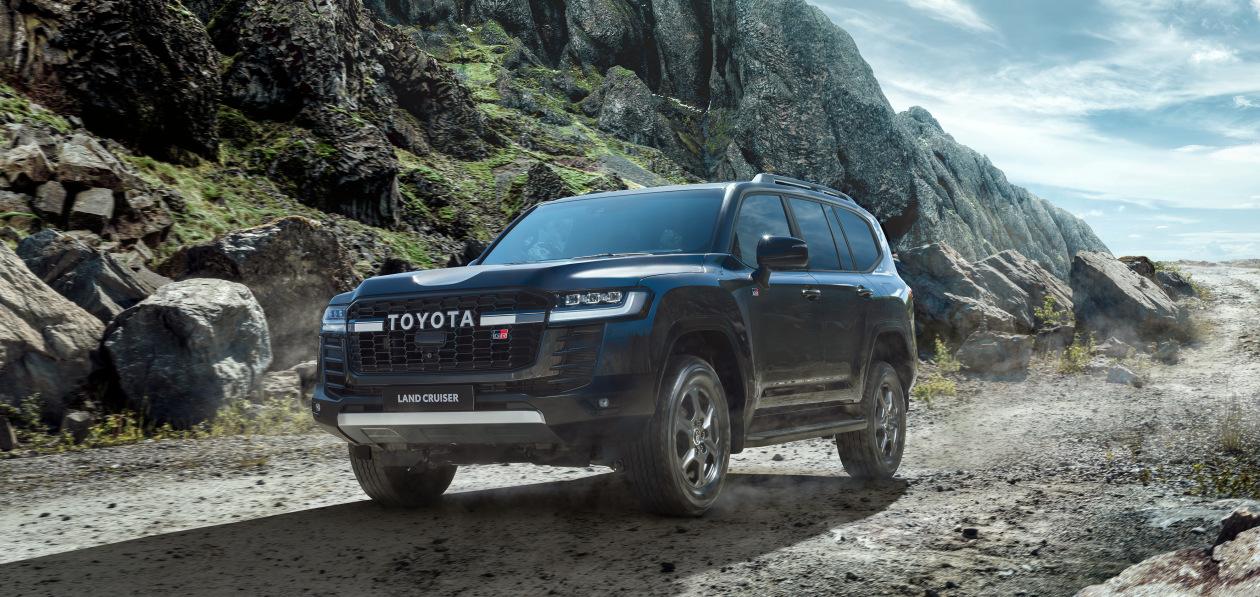 Toyota привезла в Россию «спортивный» Land Cruiser 300