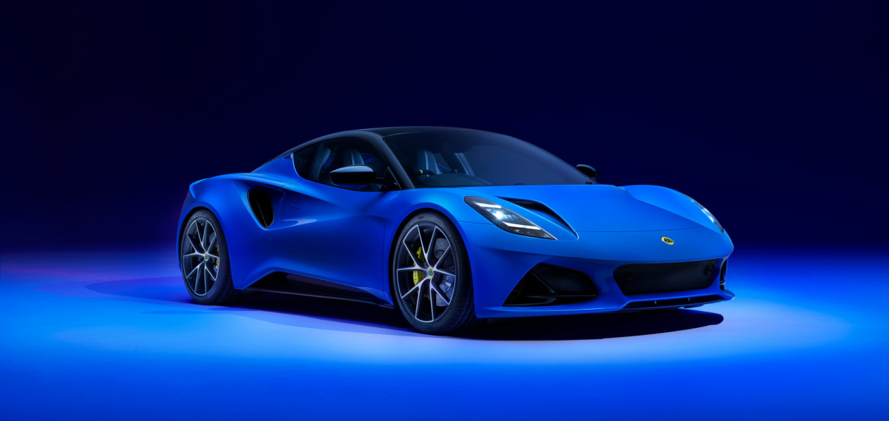 Lotus начал принимать заказы на новый спорткар Emira