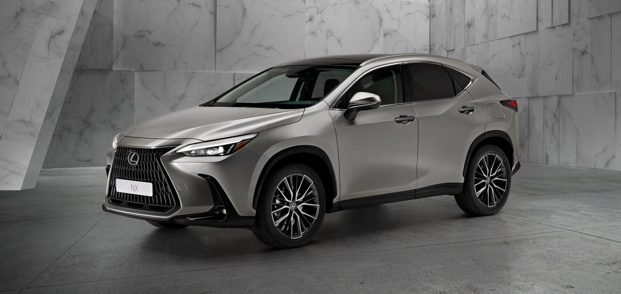 Новый Lexus NX появится в России к весне 2022 года