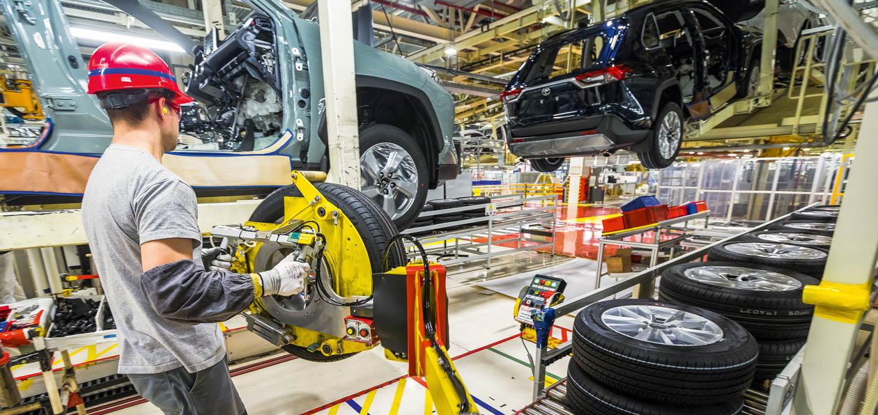 Toyota перезапустила конвейер петербургского завода