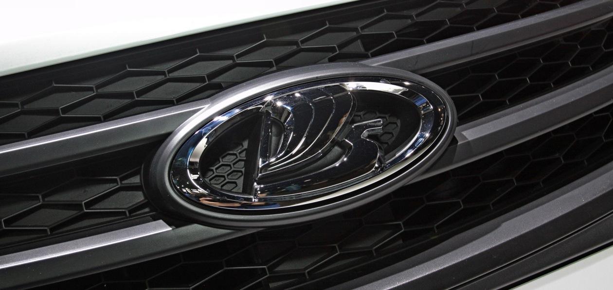 АвтоВАЗ поднял цены на новые автомобили