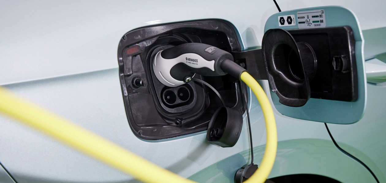 Американские производители автокомпонентов выступили против быстрого перехода на электромобили