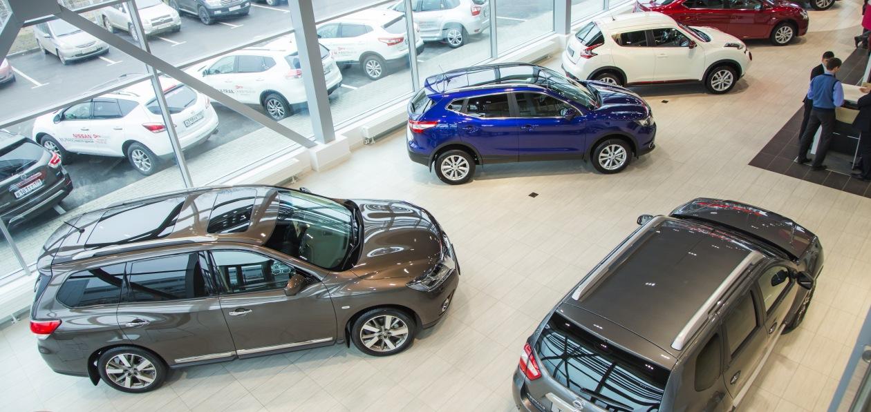 Продажи новых авто в Петербурге продолжают расти