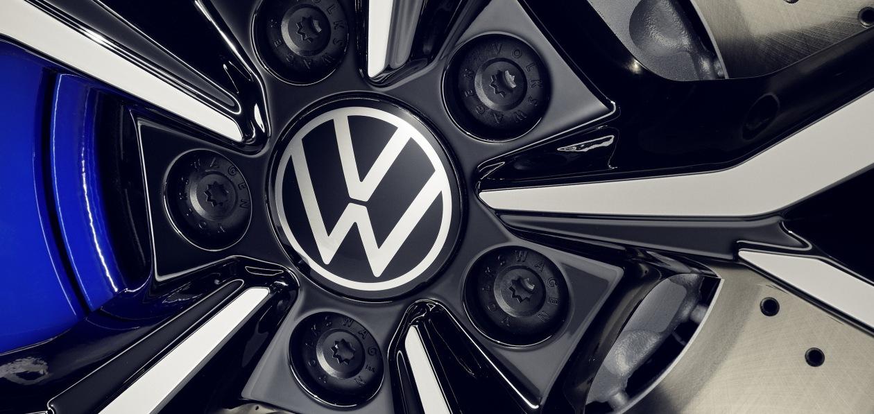 С 2035 года Volkswagen не будет продавать в Европе бензиновые и дизельные машины
