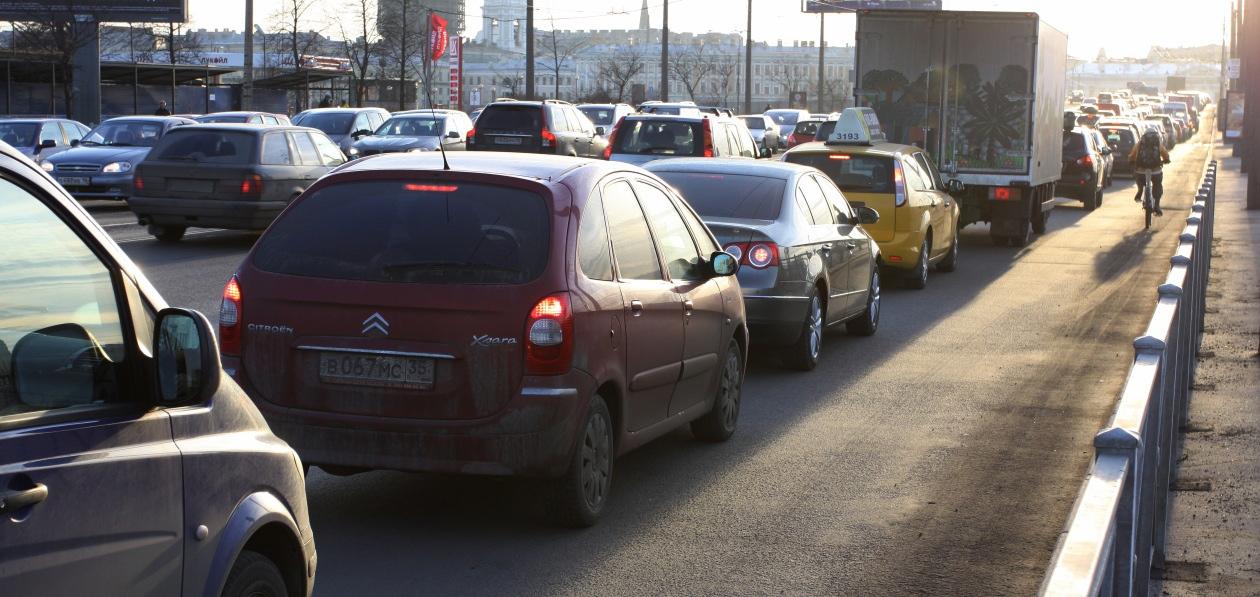 Эксперты подсчитали долю машин российского производства в городах-миллионниках