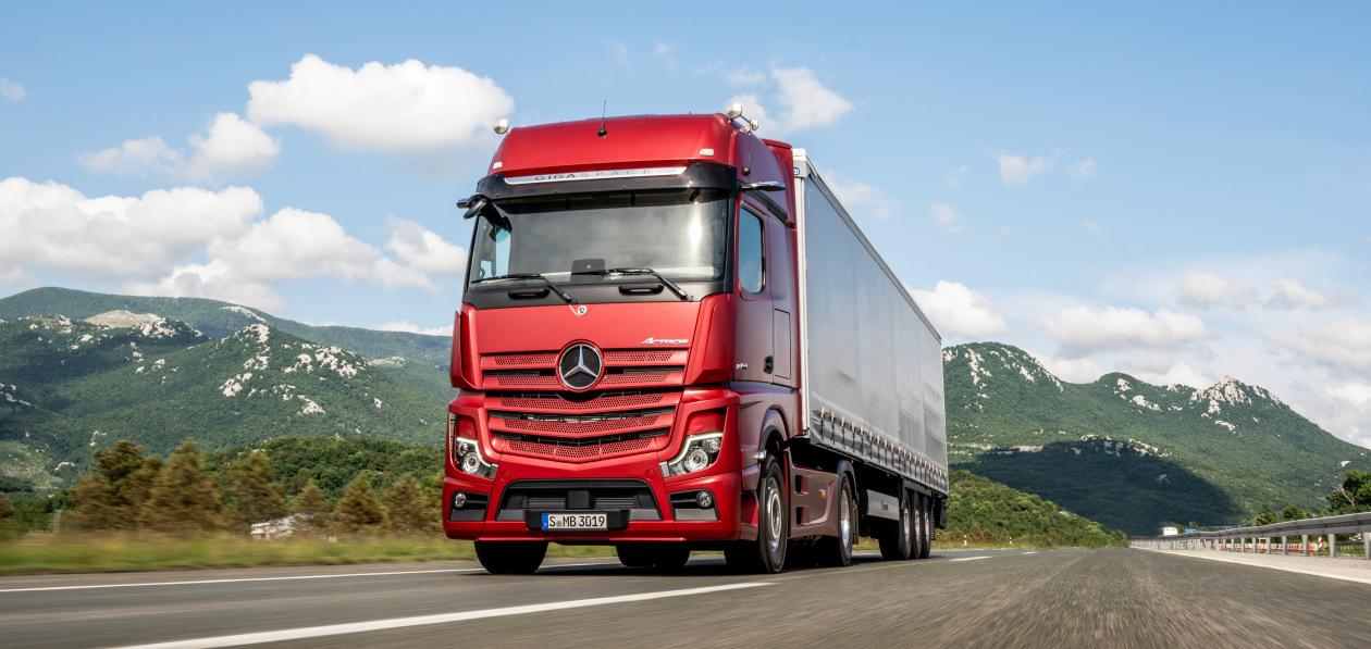 Правительство планирует ограничить выезд из России машинам иностранных перевозчиков до уплаты штрафов