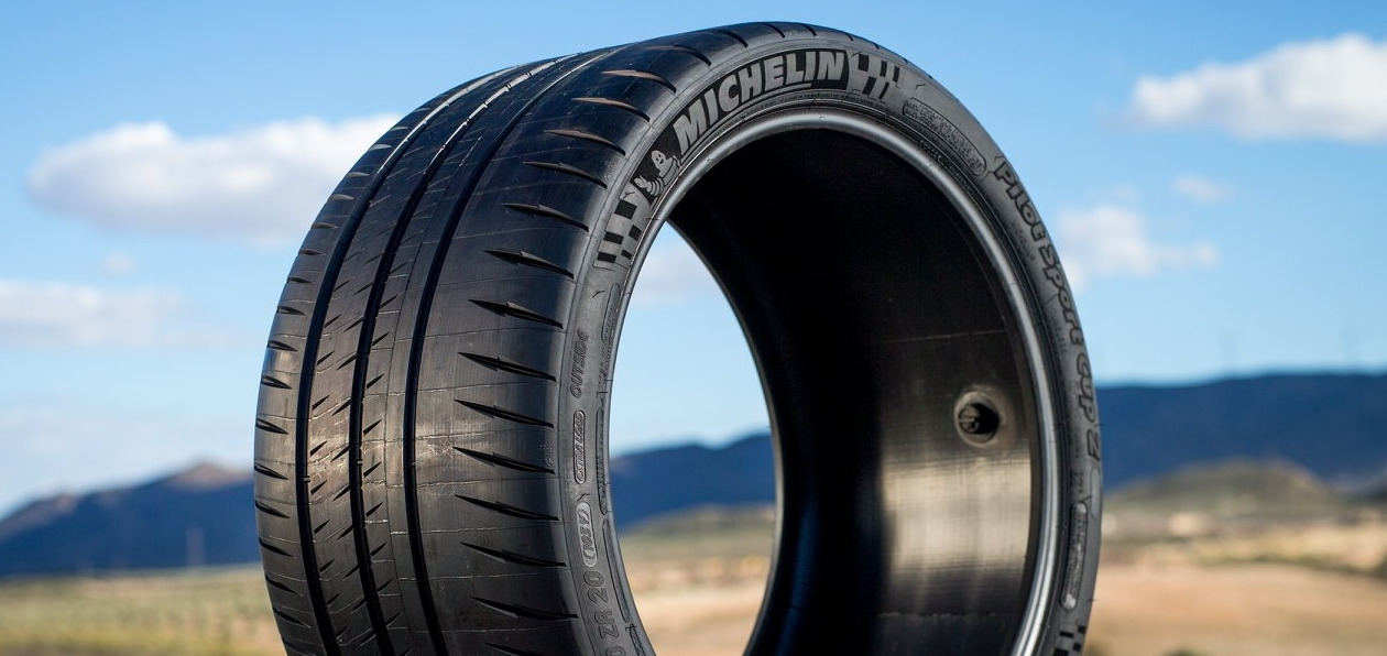 Автомобили скорой помощи поедут на шинах Michelin