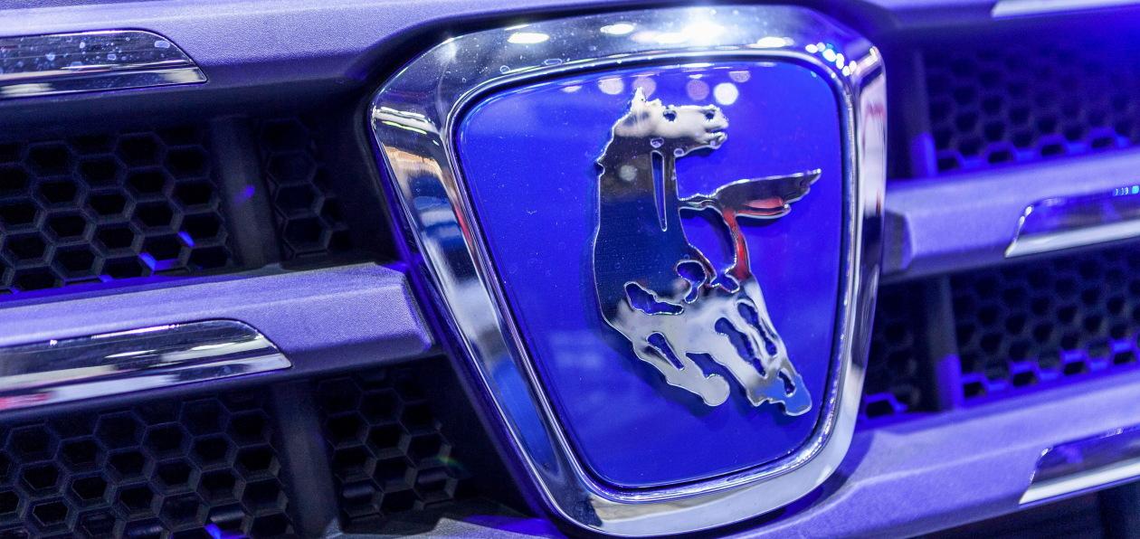 «КАМАЗ» выпустил трехмиллионный двигатель V8