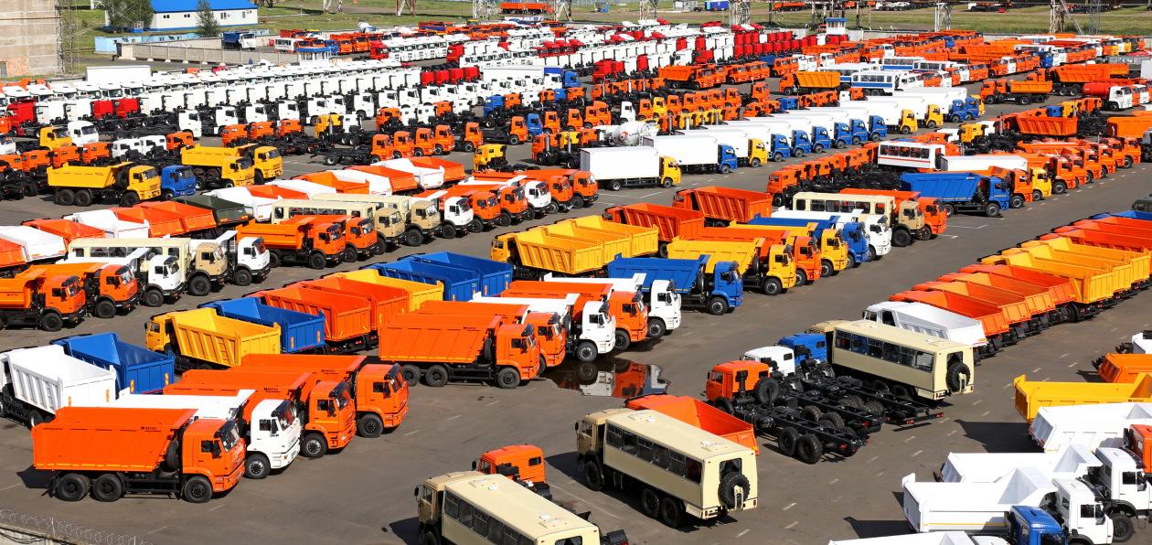 Российский рынок новых грузовиков сократился в апреле более чем на треть