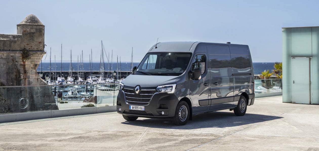 Новый Renault Master получил российский ценник