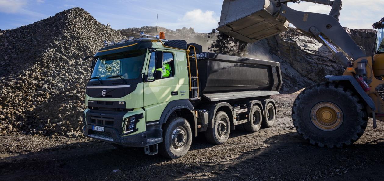 Volvo Trucks отмечает 10-летие модели FMX