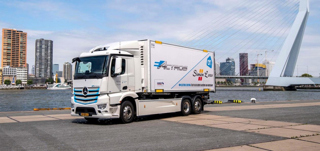Электрогрузовики Mercedes eActros вышли на второй этап испытаний