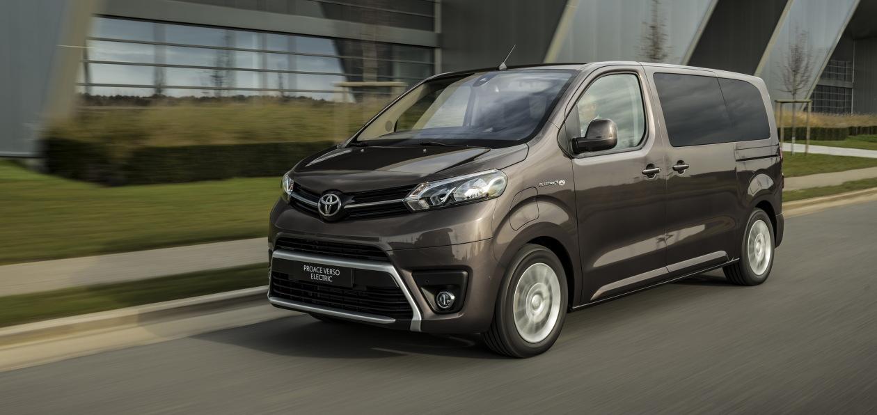 Toyota представила электровэн на базе ProAce