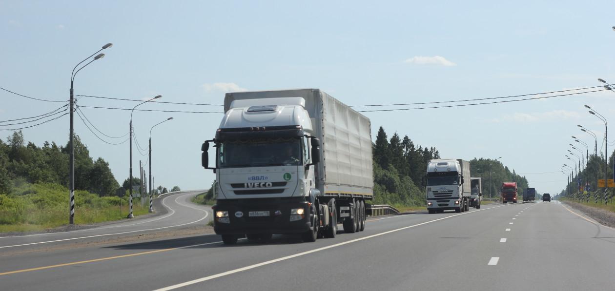 Российские грузоперевозчики подняли цены после подорожания топлива