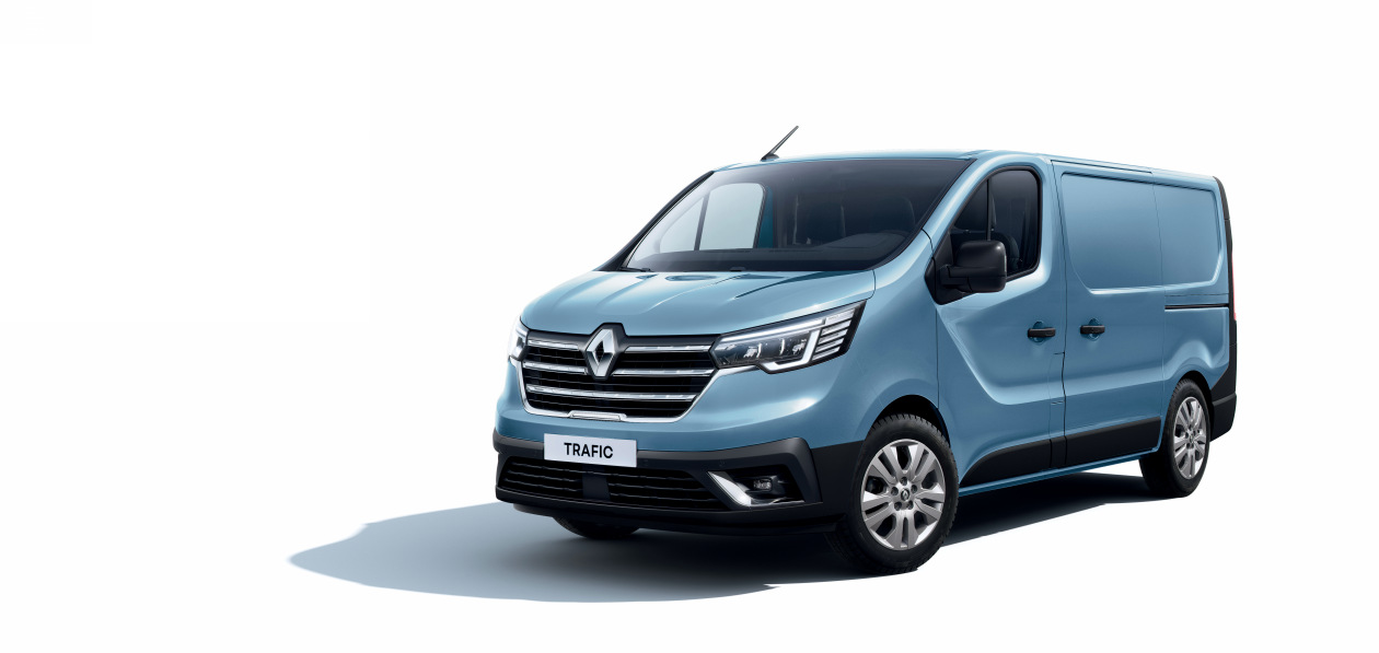 Renault начал принимать заказы на обновленный фургон Trafic