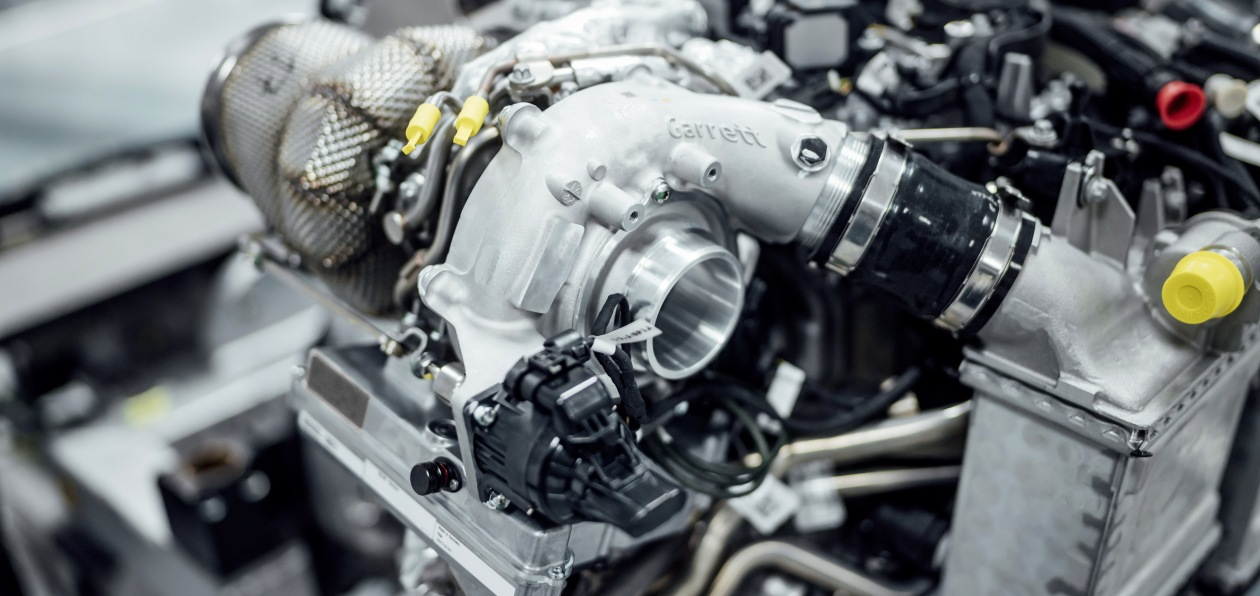 Автомобили Mercedes-AMG получат электрифицированный турбокомпрессор