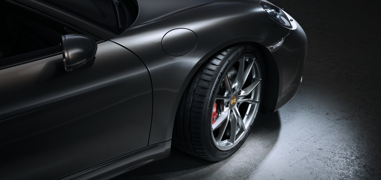 Автомобили Porsche семейства 718 поедут на шинах Hankook
