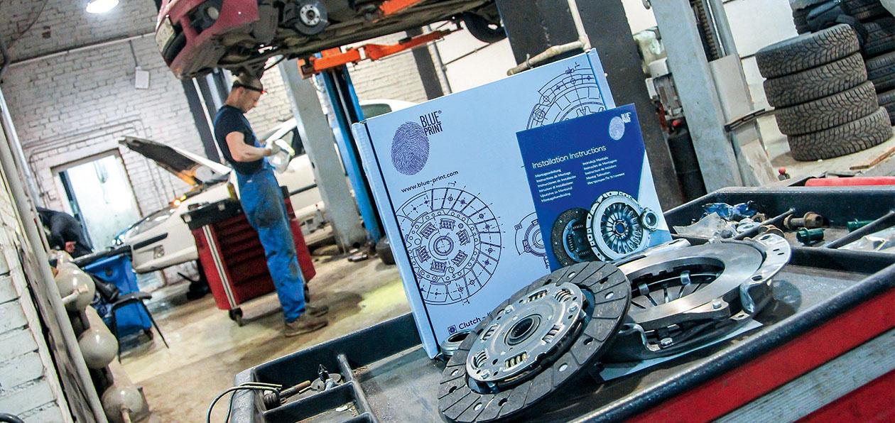 Меняем оригинальное сцепление на комплект Blue Print: разбираем все нюансы работы на СТО Eurorepar Car Service