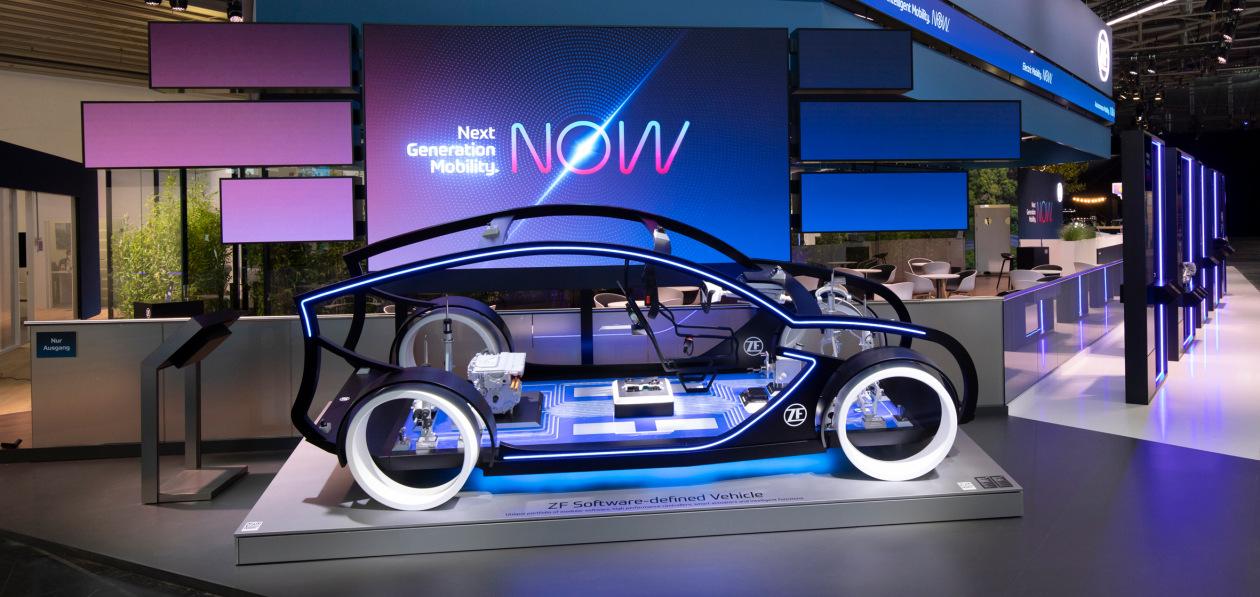 ZF представила новую модульную платформу электропривода